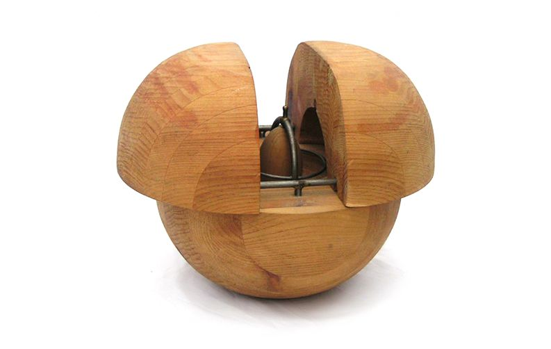 Nayla Pallard Design Egg and Hinge, Concordia University